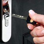 abs-key-opening-door_0a90fbab-a620-4cb8-8a24-48f3671870ac.jpg